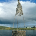 Virran varrella, 1999, paju/koivu, 650x125x125cm